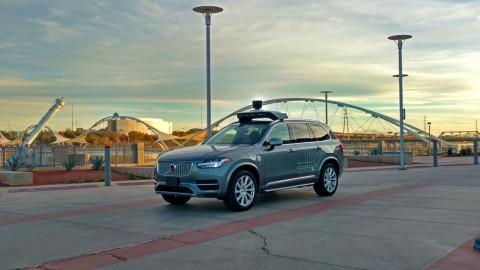 Uber sẽ sử dụng xe lái tự động thay vì thuê tài xế