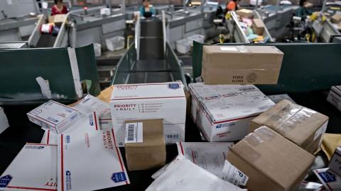 Đặc điểm nhân sự ngành bưu chính