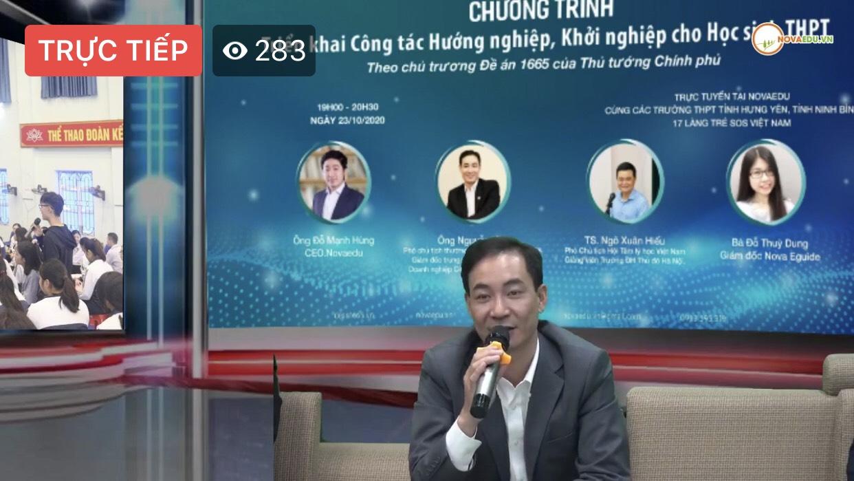 Ông Nguyễn Vân – Phó chủ tịch Hiệp hội HANSIBA, Giám đốc trung tâm hỗ trợ khởi nghiệp Doanh nghiệp Công nghiệp Hỗ trợ (SCSI) trả lời câu hỏi của các em học sinh